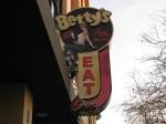 Betty's 001